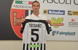 michele troiano centrocampista dell'Ascoli